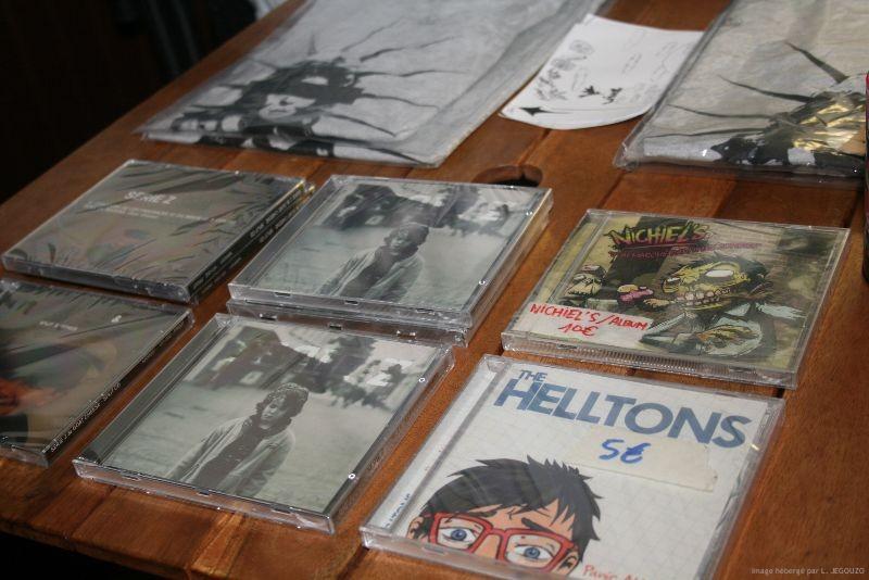 Série Z a lAlcazar 23 Nov 2012 1 Vendredi 23 Novembre c'était concert de punk à l'Alcazar à Vendôme : Série Z de Tours et Sumo Surfing Club de un peu partout... donc