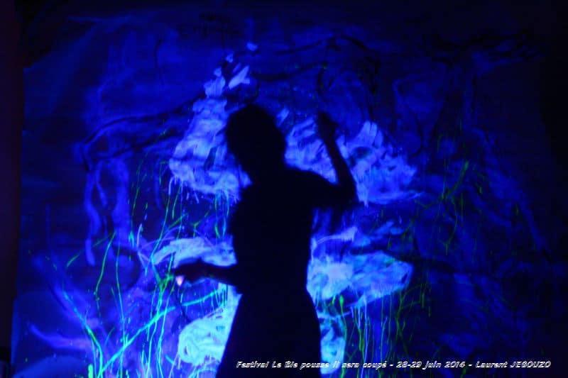 Festival Le Ble pousse il sera coupé 28 29 juin 2014 37 Un Festival arrosé, cela pousse ... et c'est qui est arrivé au château de Pointsfonds à Selommes(41), des Arts participatifs, de la musique et de l'énergie !
