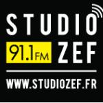 Studio Zef Studio ZEF fête sa nouvelle grille de programmes pour cette dixième année de radio. une Occasion en Or pour les animateurs de Zef qui animeront des émissions en direct et en public. Ambiance : une playlist festive, éclectique et surprenante !